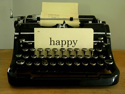 https://maddfictional.files.wordpress.com/2013/08/b4784-happytypewriter.jpg
