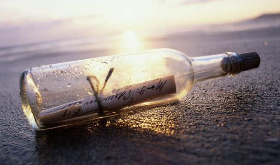 message-in-a-bottle-633134