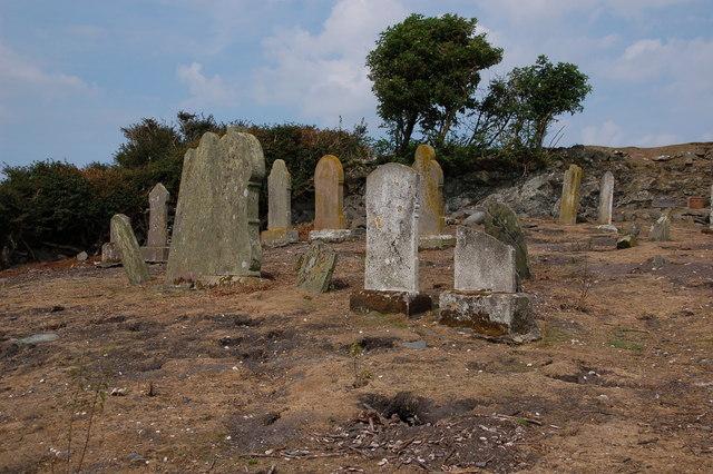 Old_graveyard,_Copeland_Island_-_geograph.org.uk_-_209117